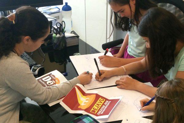 Wie entwickelt man in einer Jugendgruppe ein Logo?